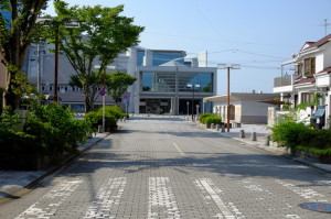 学校16-81